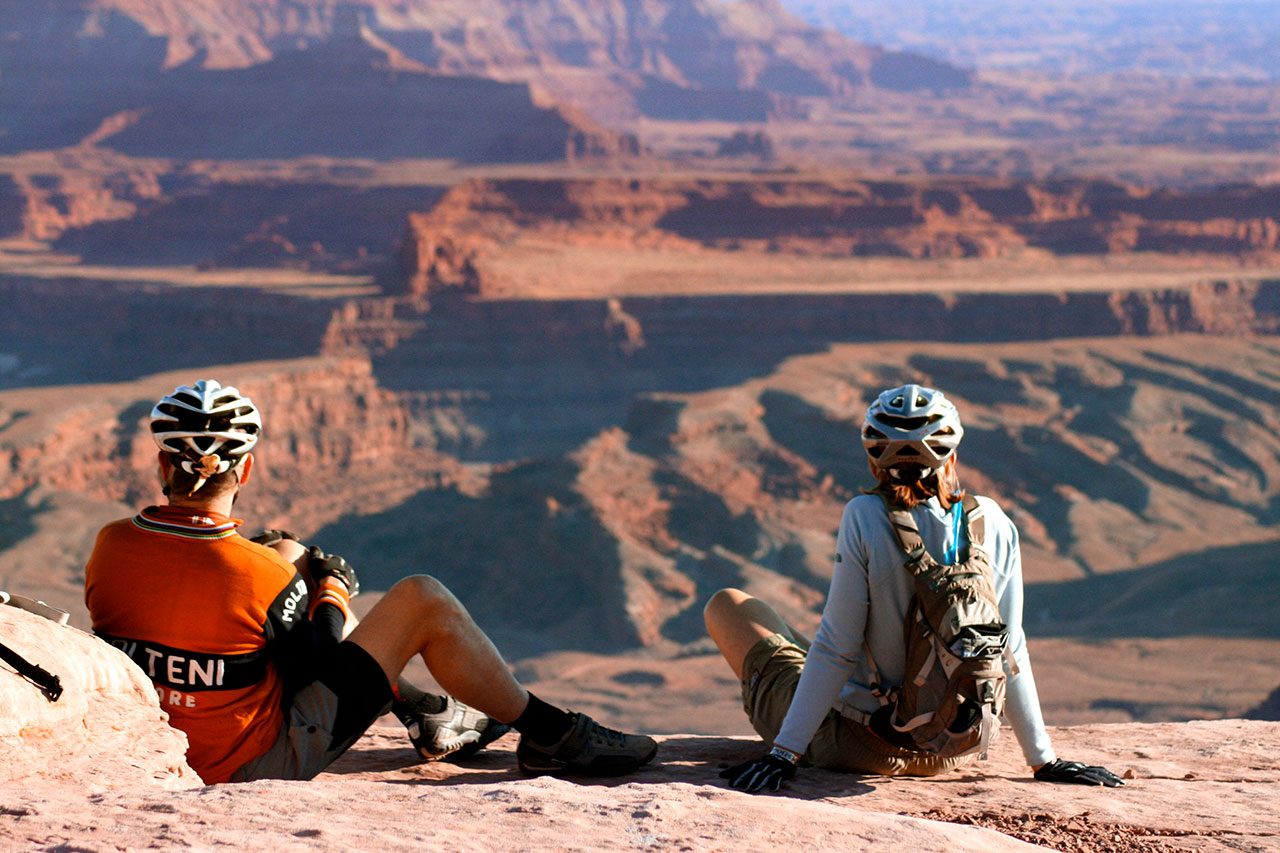 Mountain Bikers at Dead Horse Point State Park